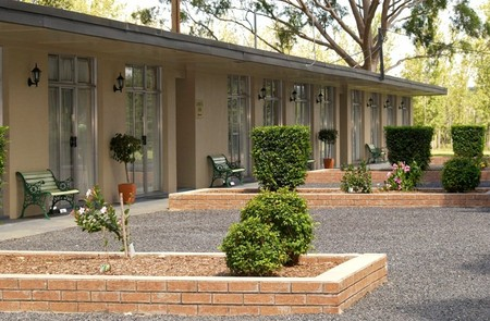 All Seasons Country Lodge - Accommodation Batemans Bay