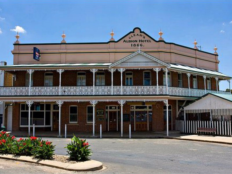 Albion Hotel Grenfell - Accommodation Batemans Bay