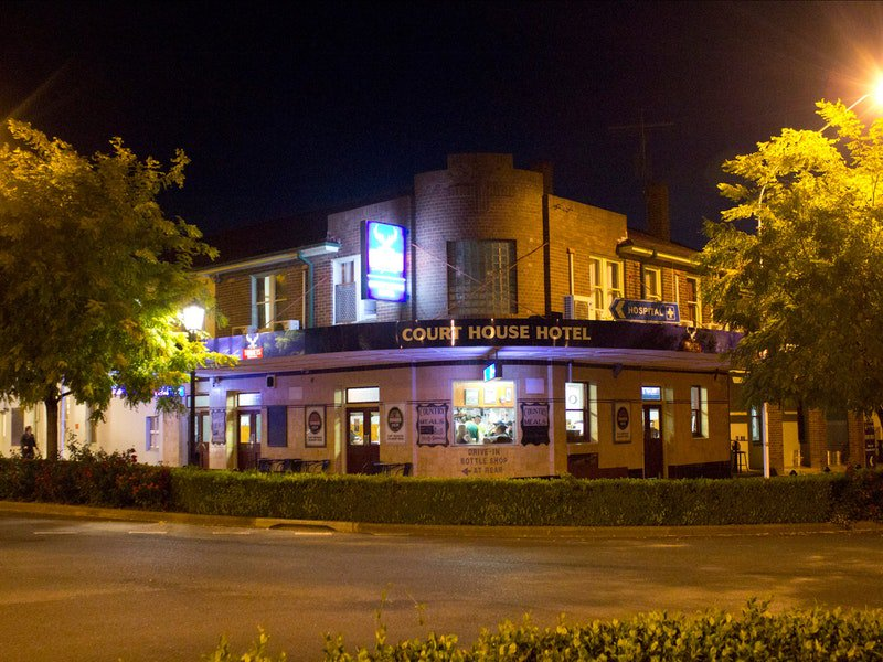 Courthouse Hotel Boorowa - Accommodation Batemans Bay