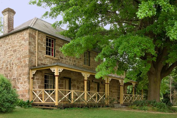 Old Stone House The - Accommodation Batemans Bay