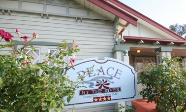 Peace By The River Homestay - Accommodation Batemans Bay
