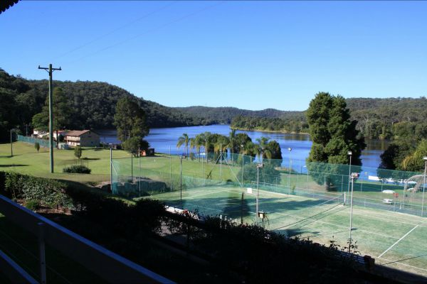 Juniors on Hawkesbury - Accommodation Batemans Bay