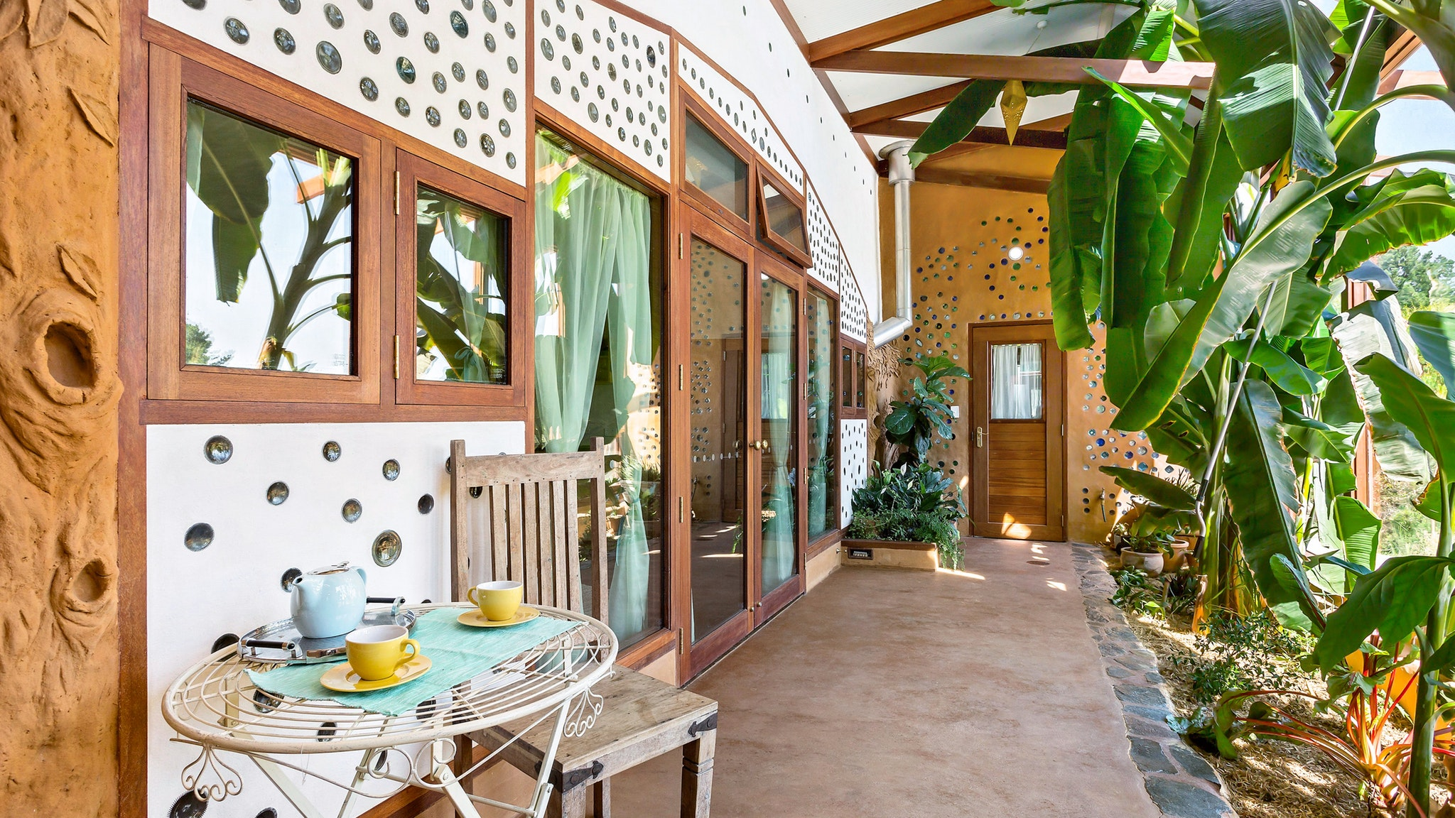 Earthship Ironbank - Accommodation Batemans Bay