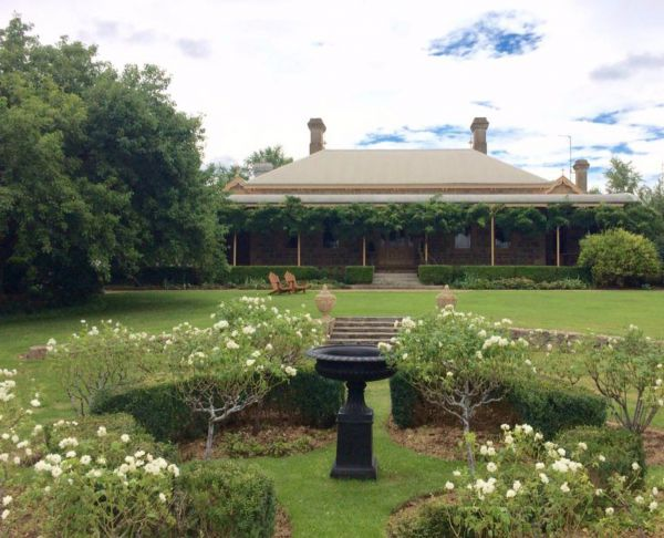 Clifton House and Gardens Farm Stay Accommodation - Accommodation Batemans Bay