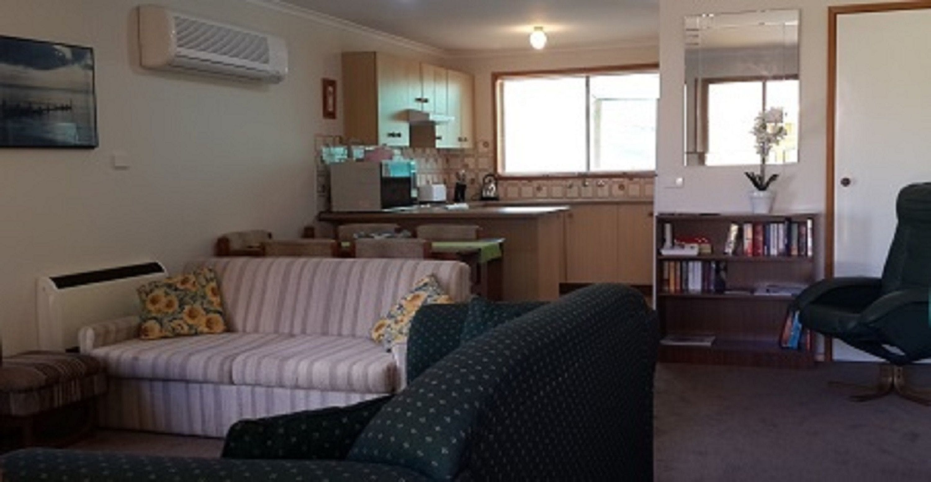 The Coop - Accommodation Batemans Bay