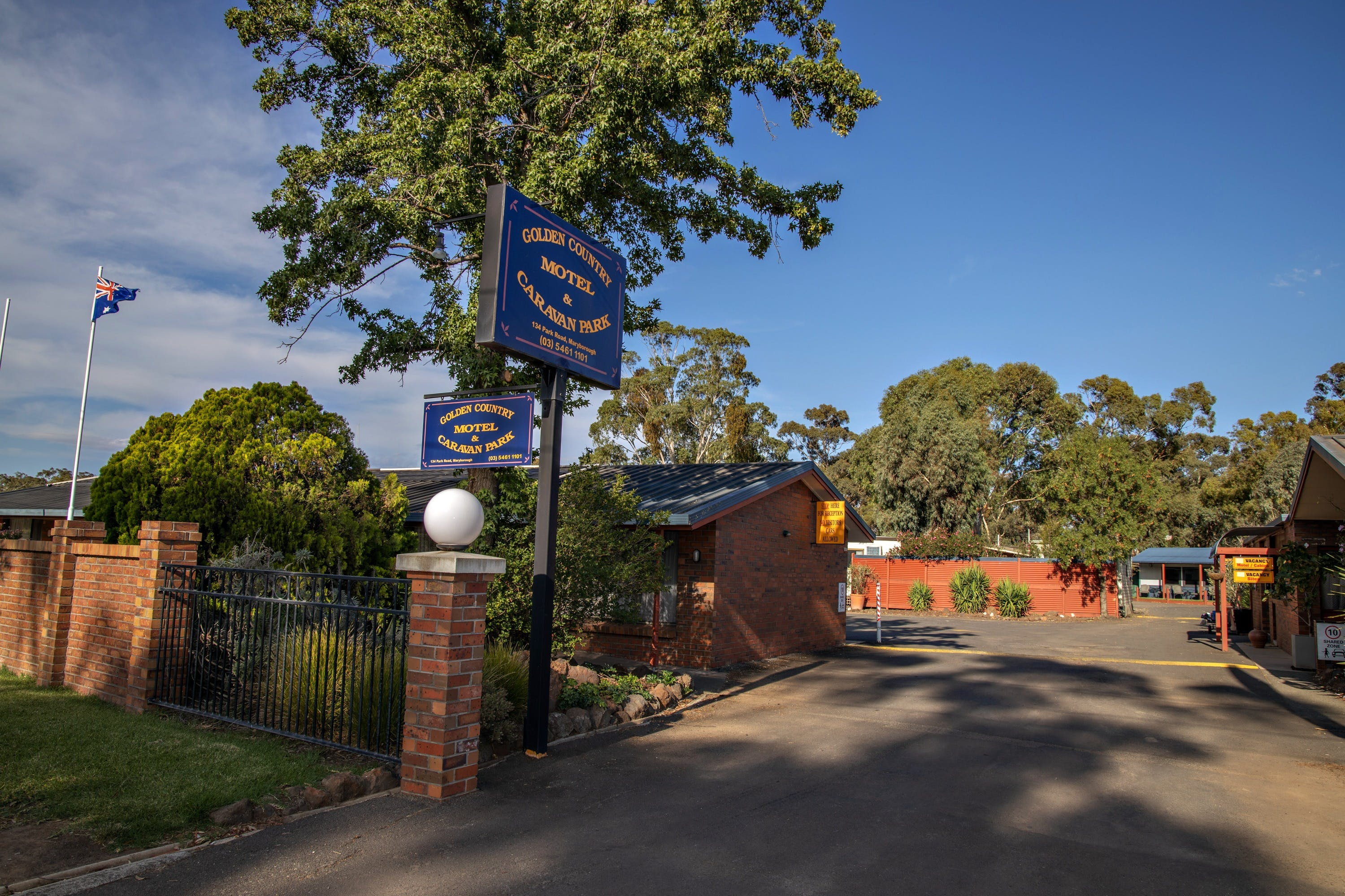 Golden Country Motel and Caravan Park - Accommodation Batemans Bay