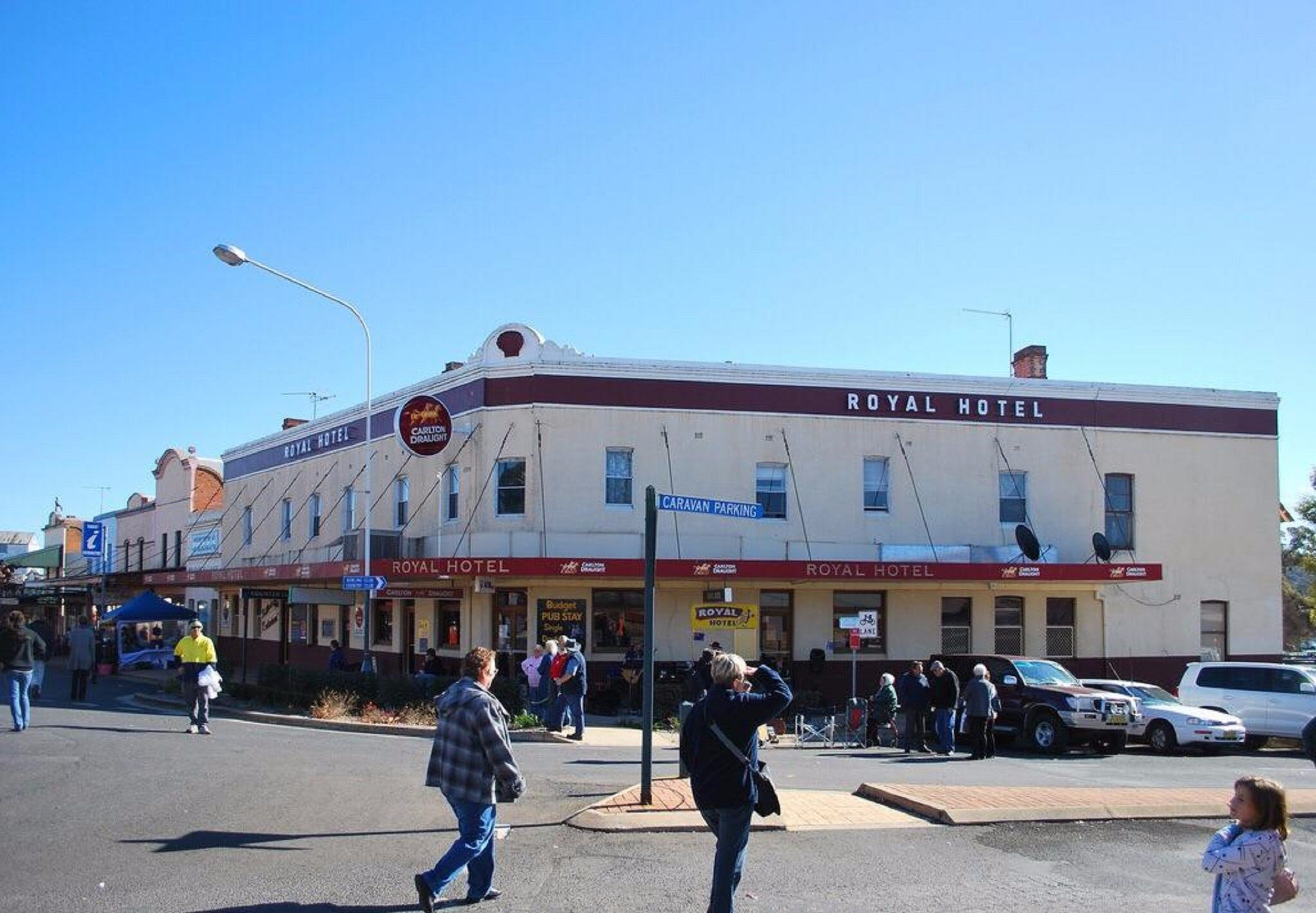 The Royal Hotel Grenfell - Accommodation Batemans Bay