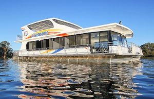 All Seasons Houseboats - Accommodation Batemans Bay