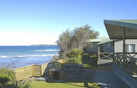 Berrara Beach Holiday Chalets - Accommodation Batemans Bay