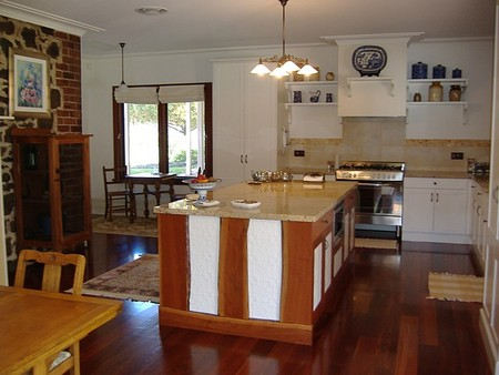 Poplar Cottage Bed And Breakfast - Accommodation Batemans Bay