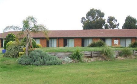 Berrigan Golf Club Motel - Accommodation Batemans Bay