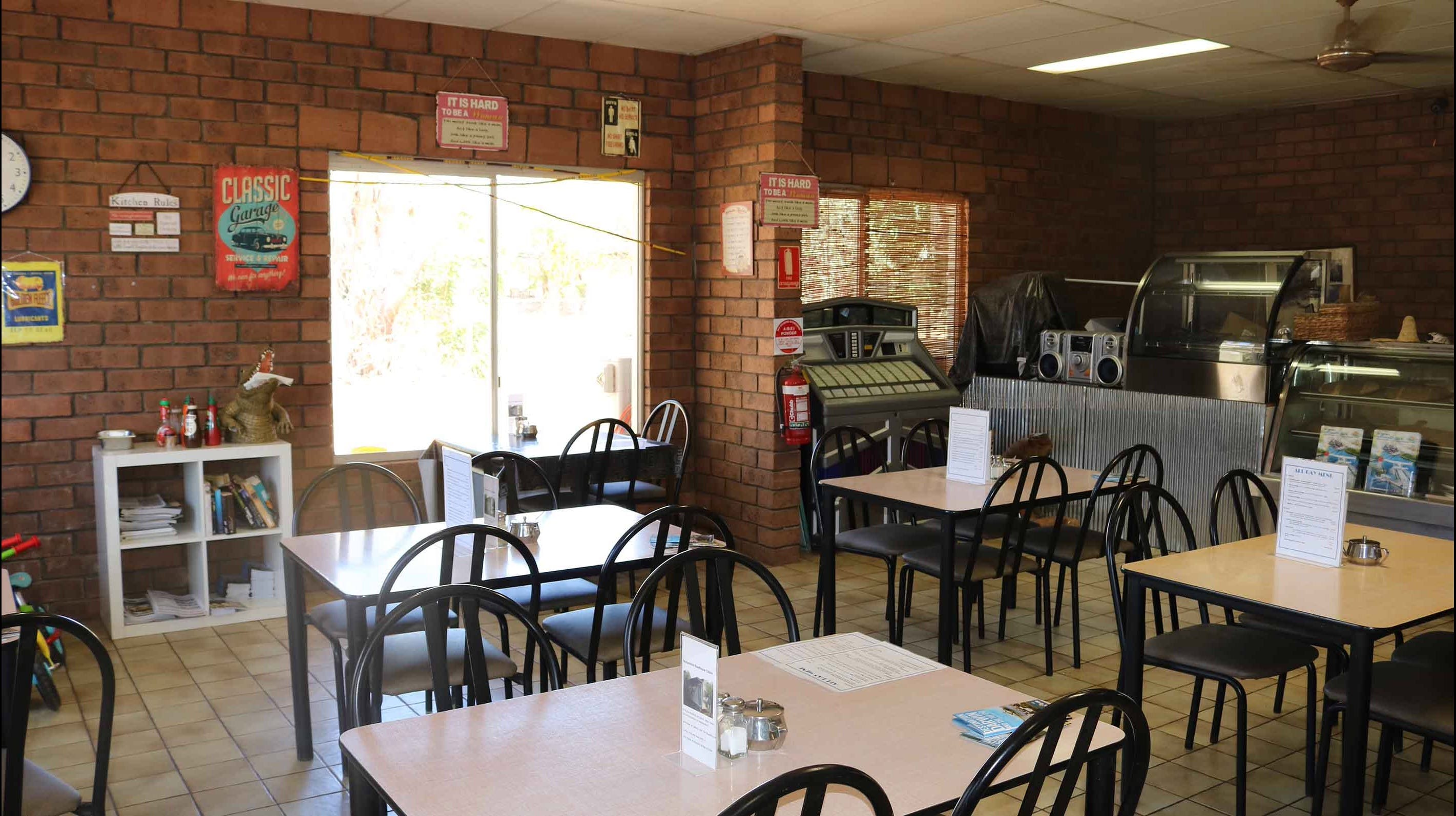 Mataranka Roadhouse and Cabins - Accommodation Batemans Bay