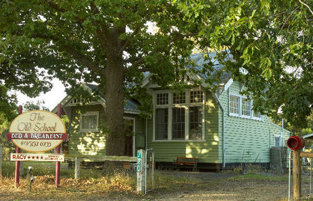 Old School Bed and Breakfast - Accommodation Batemans Bay