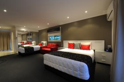 The Gateway Village Holiday Park - Accommodation Batemans Bay