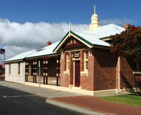 Artgeo Cultural Complex - Old Courthouse - Accommodation Batemans Bay