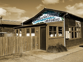 Dunalley Waterfront Cafe and Gallery - Accommodation Batemans Bay
