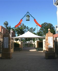 Gympie and Widgee War Memorial Gates - Accommodation Batemans Bay