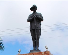 Charters Towers Memorial Cenotaph - Accommodation Batemans Bay