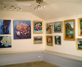 Ros McArthur Art Studio - Accommodation Batemans Bay