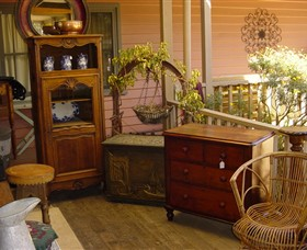 Watson's Creek Antiques  Cafe - Accommodation Batemans Bay