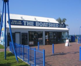 Innes Boatshed - Accommodation Batemans Bay