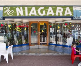 Niagra Cafe - Accommodation Batemans Bay