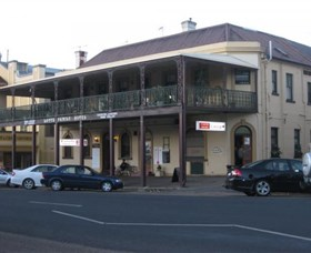 The Family Hotel - Accommodation Batemans Bay