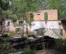 Newnes Shale Oil Ruins - Accommodation Batemans Bay