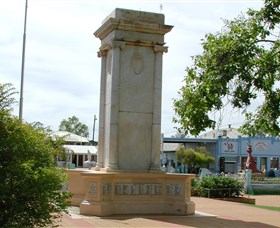 Charleville War Memorial - Accommodation Batemans Bay