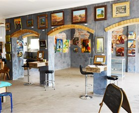 Splatter Gallery and Art Studio - Accommodation Batemans Bay