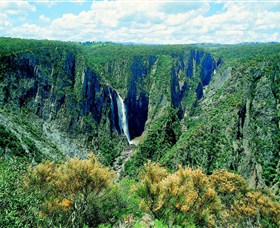 Wollomombi Falls - Accommodation Batemans Bay