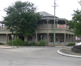 The Hotel Cecil - Accommodation Batemans Bay