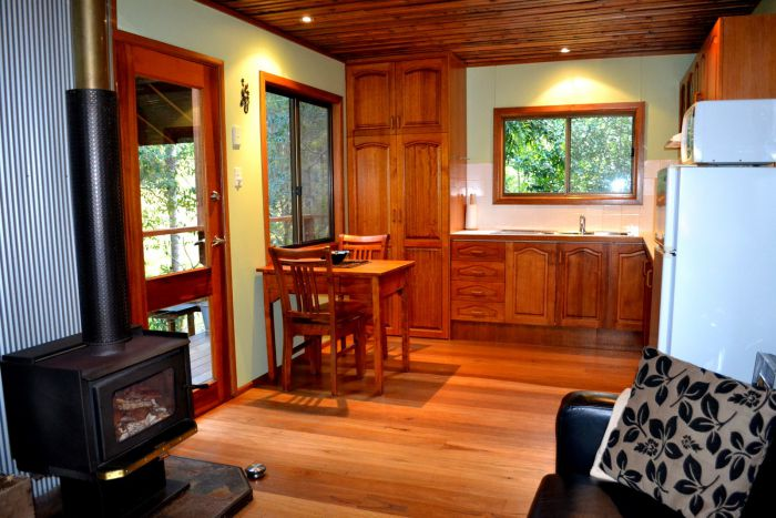Waterfall Hideout-Rainforest Cabin for Couples - Accommodation Batemans Bay