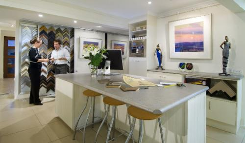 Art Nuvo Gallery - Accommodation Batemans Bay
