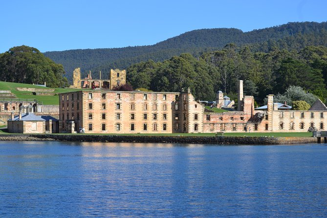 Port Arthur Richmond and Tasman Peninsula Day Trip from Hobart - Accommodation Batemans Bay