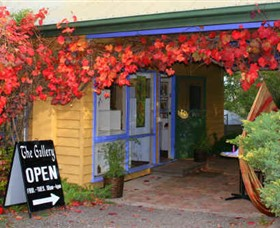 Macedon Ranges Arts Collective - Accommodation Batemans Bay