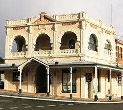 Empire Hotel - Accommodation Batemans Bay