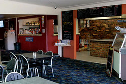 Greenwell Point Hotel - Accommodation Batemans Bay