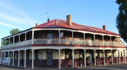 Brookton Club Hotel - Accommodation Batemans Bay