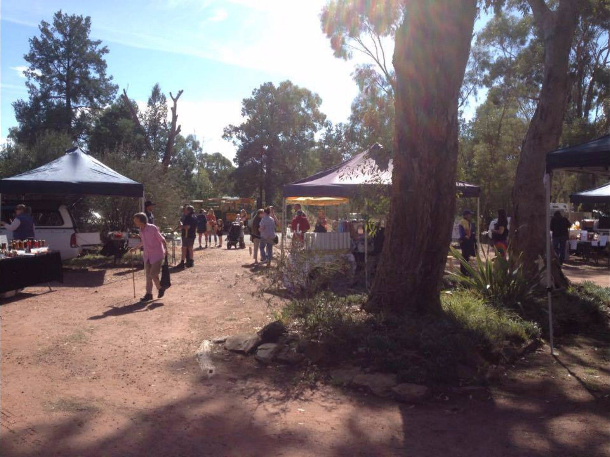 Narrandera Farmers Market - Accommodation Batemans Bay