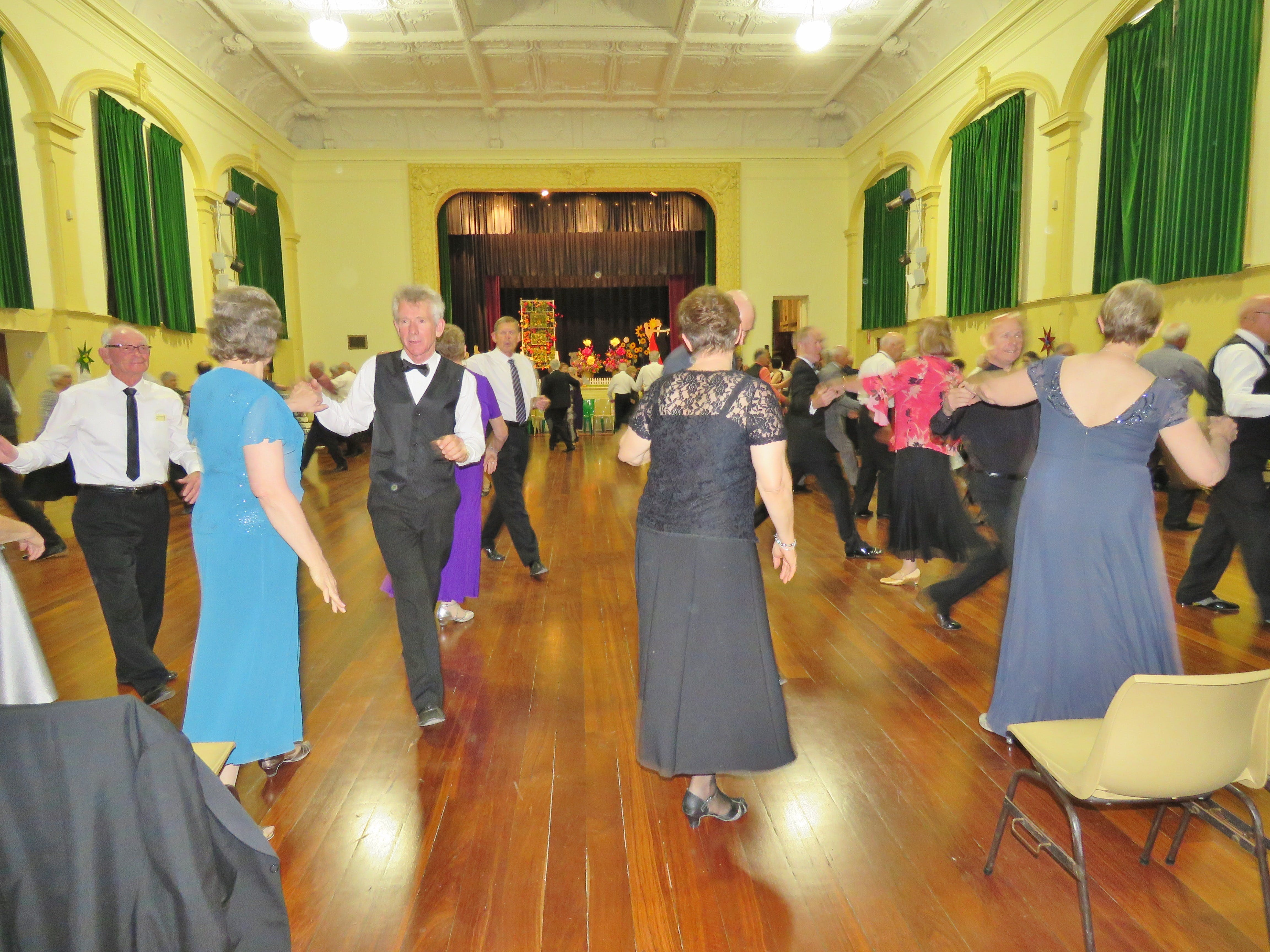 Old Style/New Vogue Dance Wallaroo - Accommodation Batemans Bay