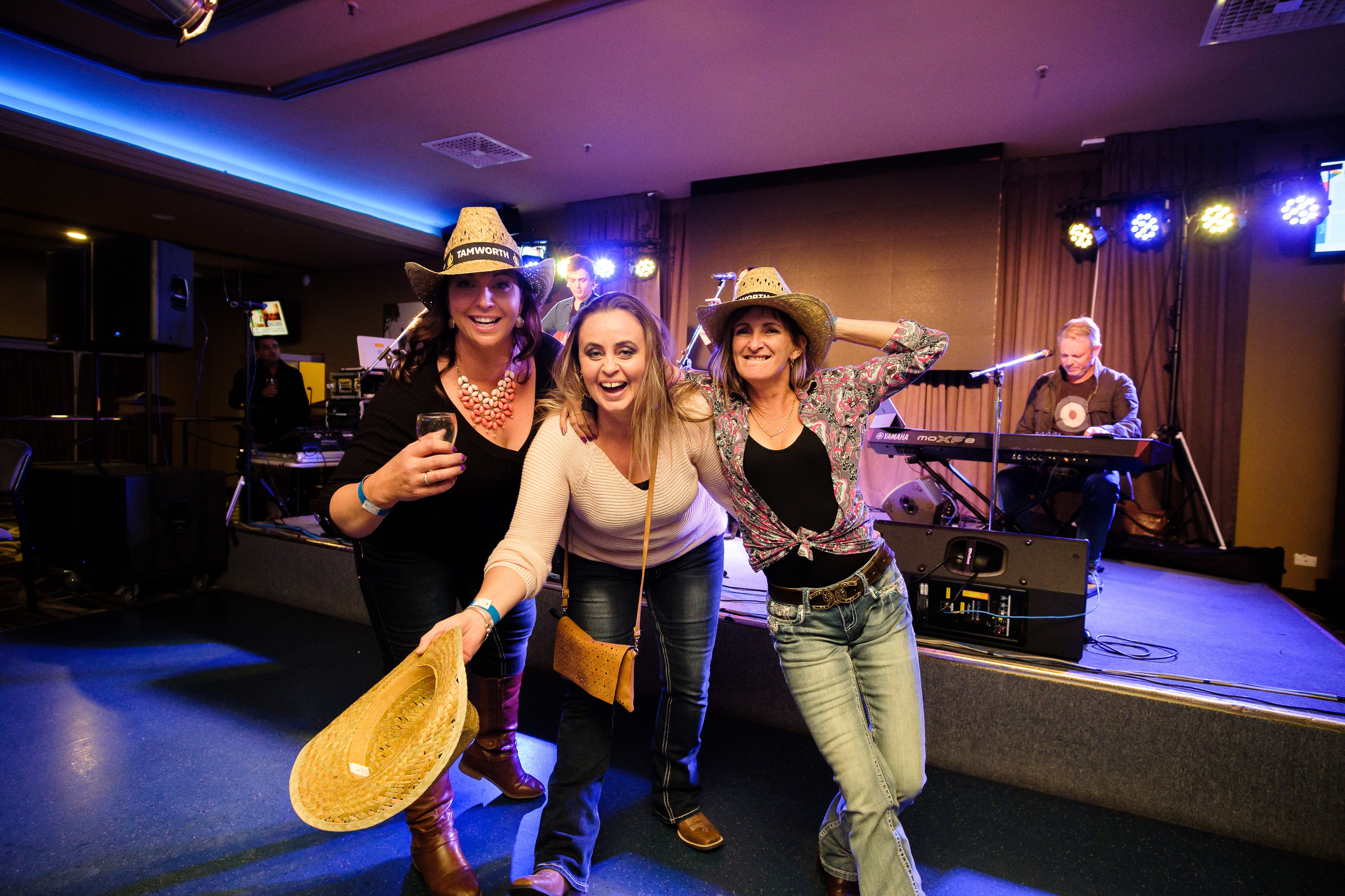 Hats Off to Country Music Festival - Accommodation Batemans Bay