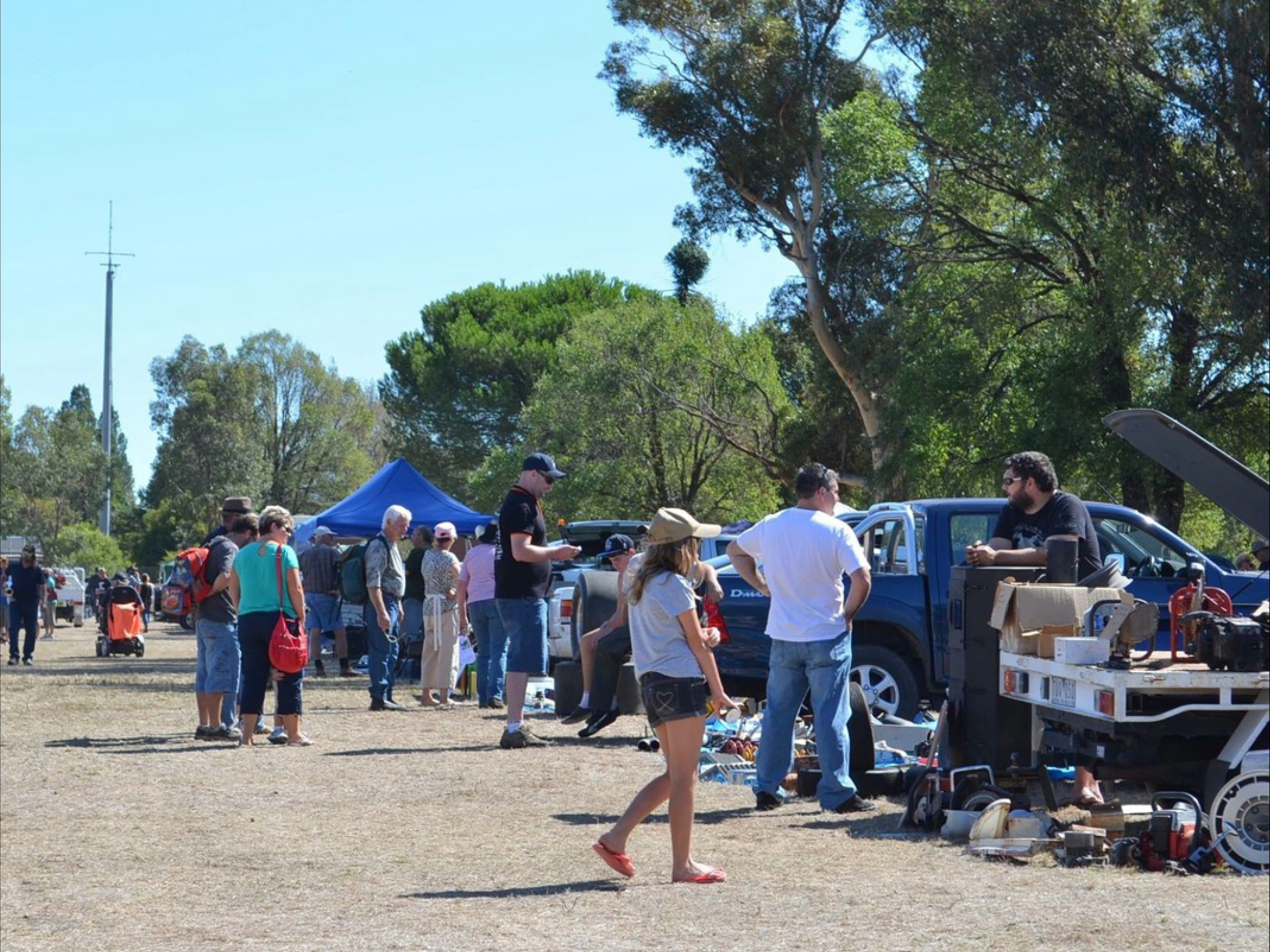 Jindera Community Garage Sale - Accommodation Batemans Bay