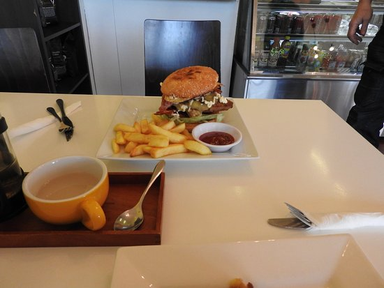 Brya's Cafe - Accommodation Batemans Bay