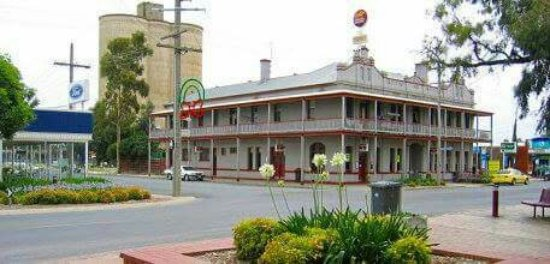 The Grand Central Hotel - Accommodation Batemans Bay