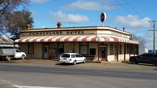 Cumberland Hotel - Accommodation Batemans Bay