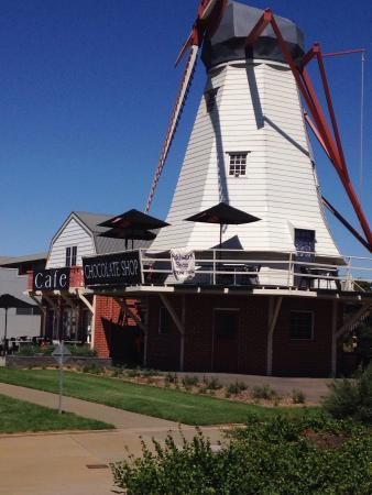 The Windmill Chocolate Shop  Cafe - Accommodation Batemans Bay
