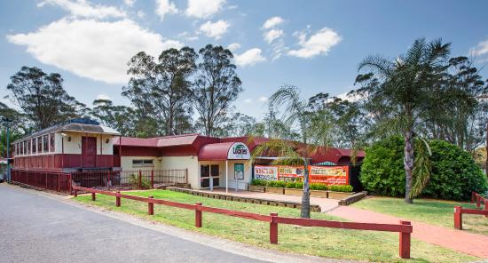 Lockies Hotel - Accommodation Batemans Bay