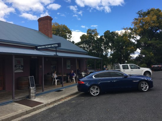 Walcha Road Hotel - Accommodation Batemans Bay