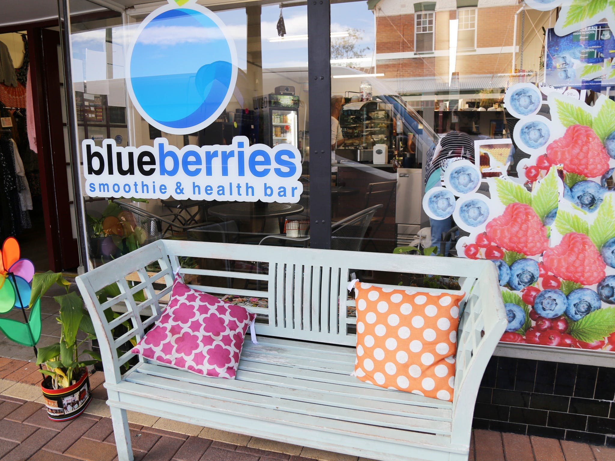 Blueberries Smoothie and Health Bar - Accommodation Batemans Bay